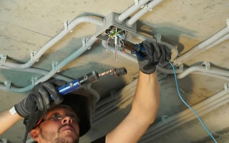 Замена и ремонт электрических проводов